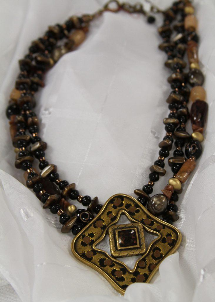gaudynecklace
