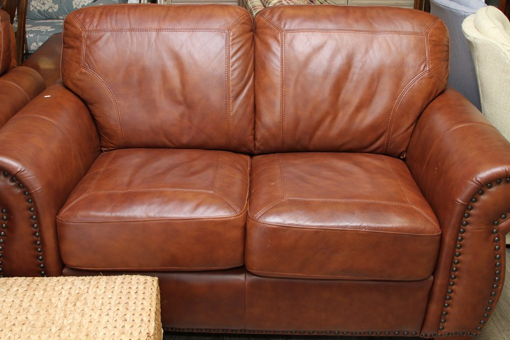 leathercouch3
